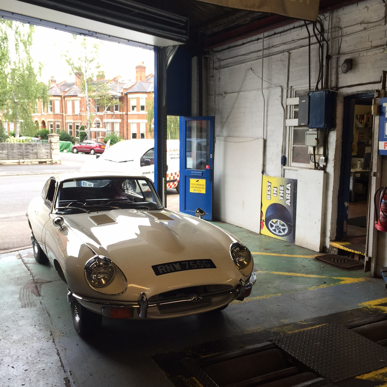 Comprehensive Guide On How To Pass Your Classic Car's MOT