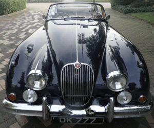 Jaguar XK150 Blue Front