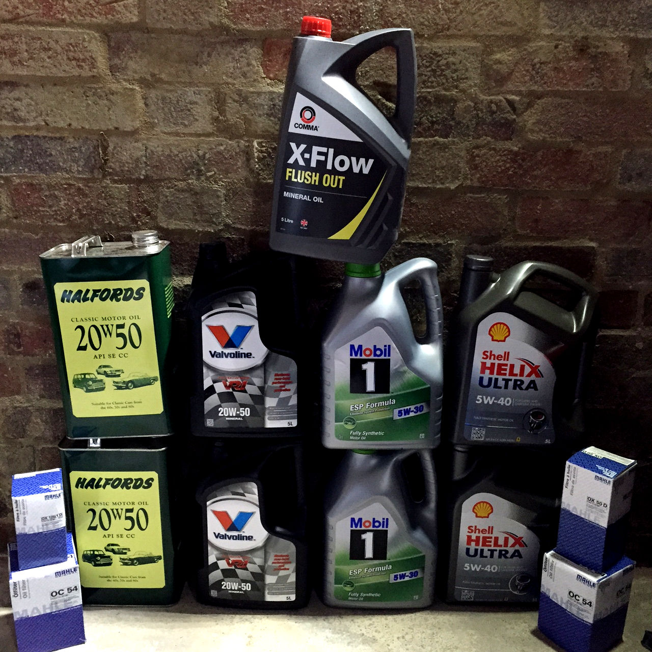 Trade classics how to choose the right engine oil for for Motor oil for older cars